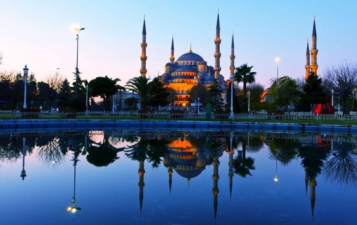Стамбул в Турции фото
