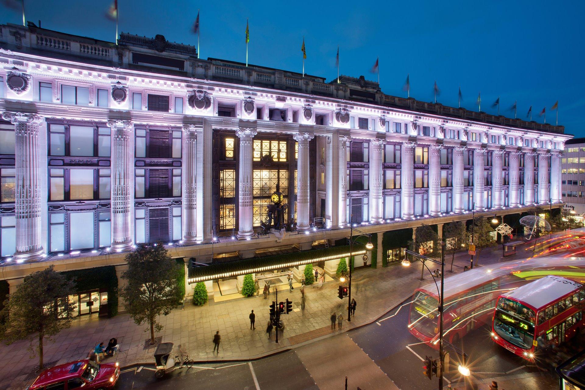 Универмаг Selfridges в Лондоне