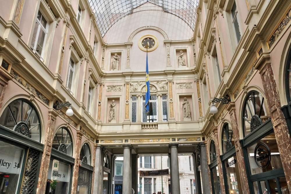 Королевские галереи Святого Юбера (Royales Saint–Hubert Galleries) в Брюсселе