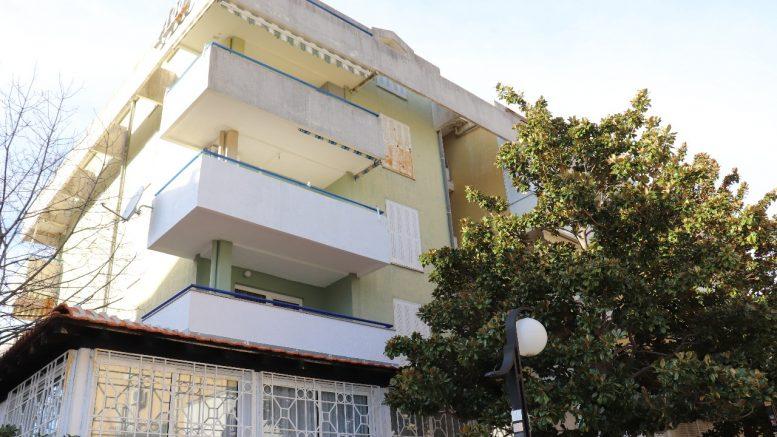 Квартира в Черногории от собственника. 5 этаж, 400 м. от моря. Общая площадь: 54м2 + кладовка 4м2