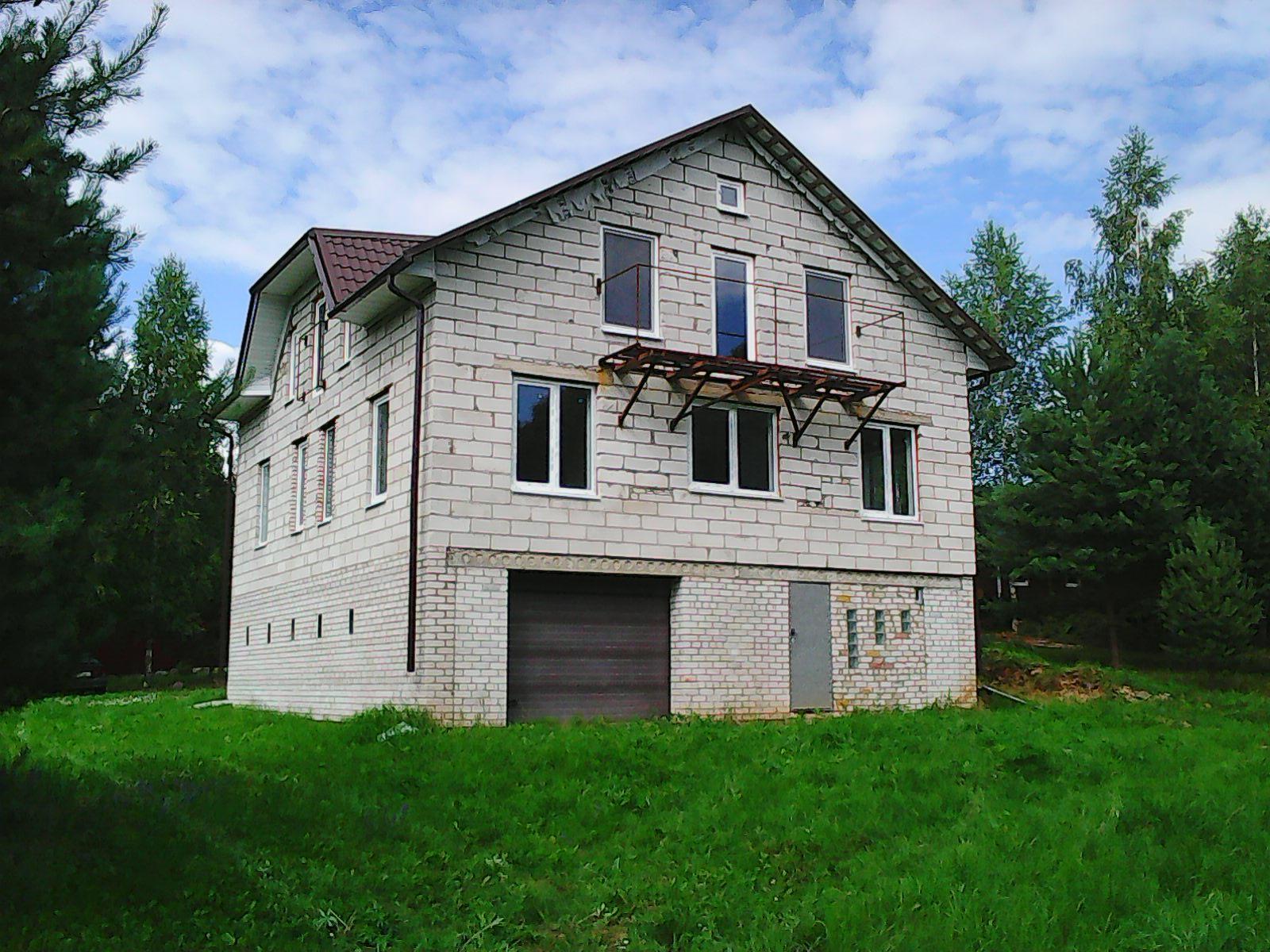 Продается дом на берегу лесного озера в Беларуси