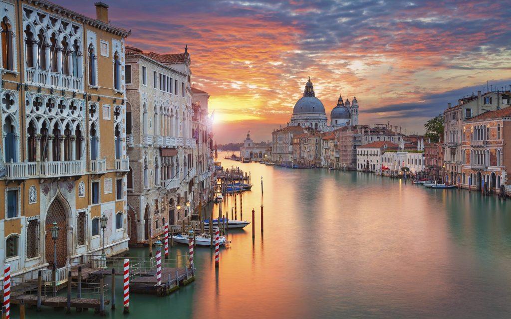 Венеция раскинулась на материке и островах. Каждый остров имеет свои характерные черты